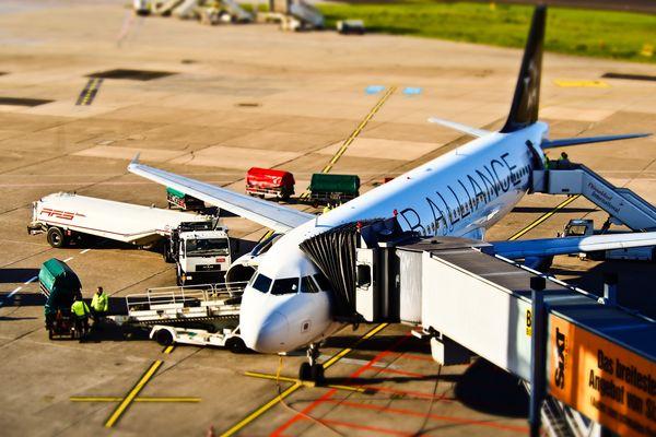 ¿Cómo reclamar en caso de cancelación o retraso del vuelo?